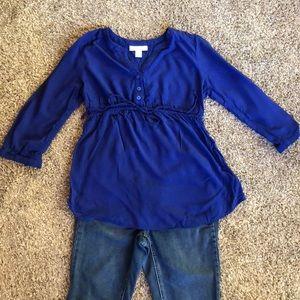 Motherhood Maternity 3/4 sleeve shirt.